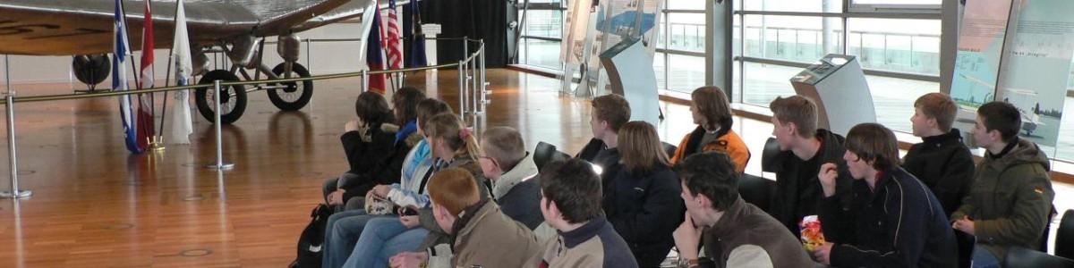 AG Fliegen des Gymnasiums Papenburg auf Exkursion